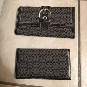 Coach wallet w/checkbook