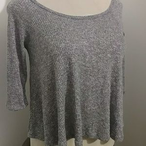 Soft gray fit n flare top w/  3/4 sleeves