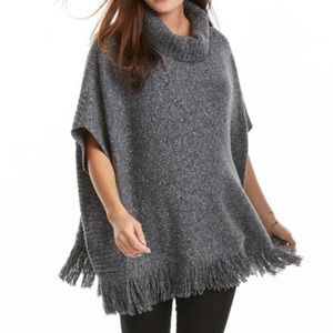 NWT saks fifth avenue poncho
