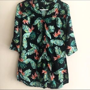 Tops - Blue & Green leaf print cotton blouse size 4