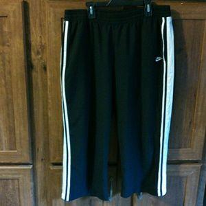 Nike Capri workout pants
