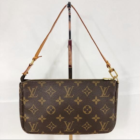 Louis Vuitton Bags - Authentic Louis Vuitton Mono Pochette Accessoires. Louis  Vuitton Handbags - Authentic Louis Vuitton Mono Pochette Accessoires e4c21f51db6f7