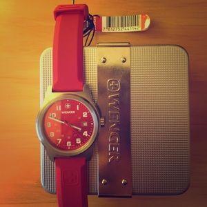 Victorinox Swiss Army Watch, brand new!
