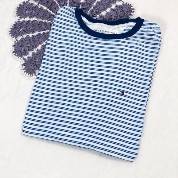 6c5f4279 Tommy Hilfiger Blue & White Striped T-Shirt. M_59ef456a680278dc18020c23