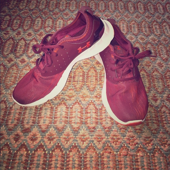 Under Armour Shoes - Under Armour maroon sneakers