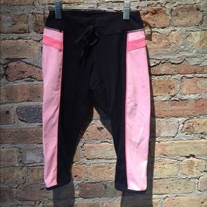 lululemon athletica Pants - Lululemon black and peach legging, sz 2, 55088