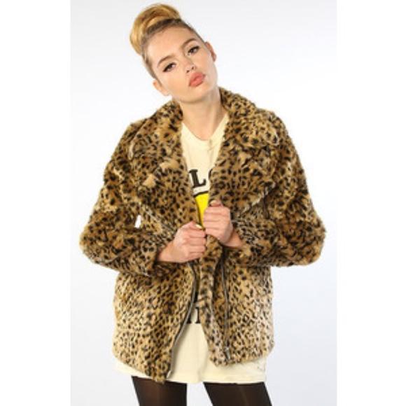 a9614379b4af UNIF D'onna Faux Leopard Coat. M_59ef64d9b4188e6dea0066b8
