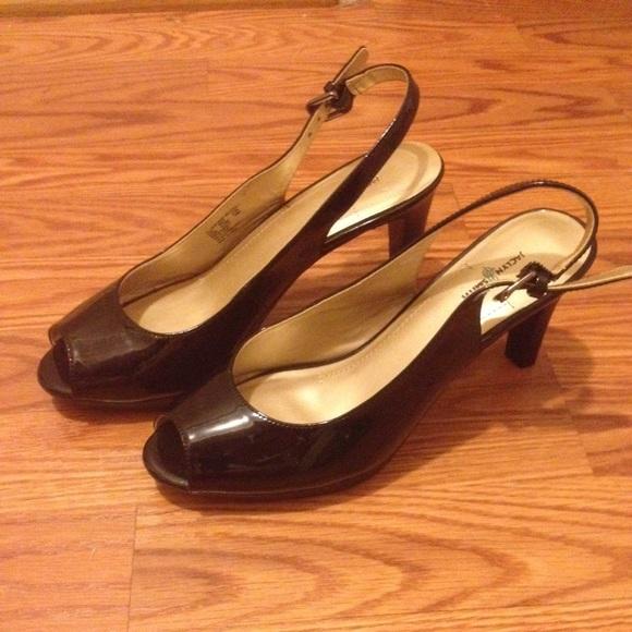 76ec7de956 Jaclyn Smith Shoes - Jaclyn smith short sling back black heels