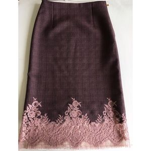 New Louis Vuitton show skirt, size 36