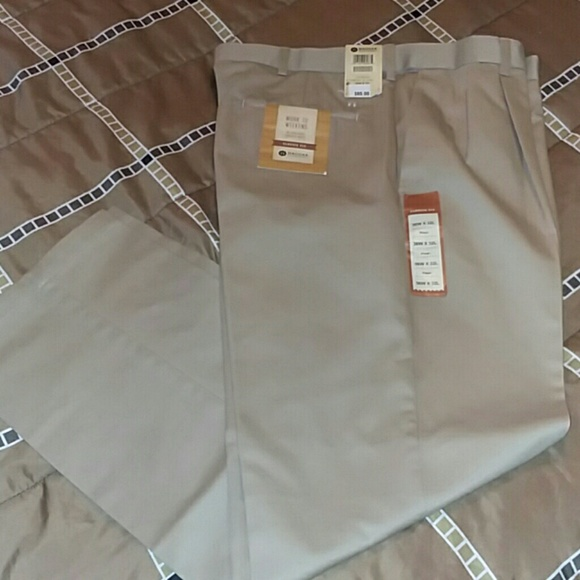 75 off haggar other mens work to weekend khaki pants for Haggar forever new shirts