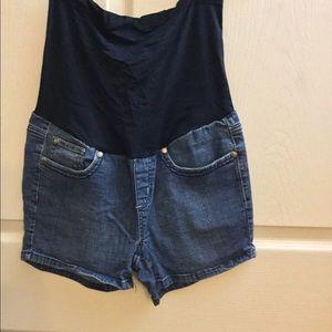 Pants - Maternity jean shorts, size small