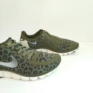 Nike Free 5.0 V4 Leopard Olive Running Sneakers 51