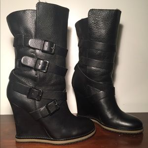Sam Edelman leather wedge boot -great condition