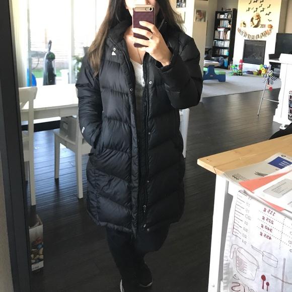 Black long winter puffer North Face jacket. M 59ef7ec1f092827d1d00d9e8 92965d505