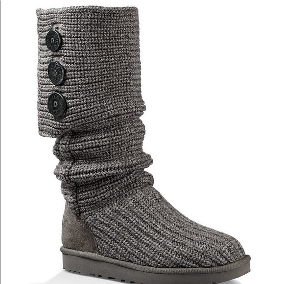 c34735acd2d UGGs Cardy Knit Boot Gray w/silver threading sz 8