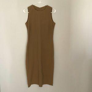 Dresses & Skirts - SALE⭐️Ralph Lauren fitted midi dress