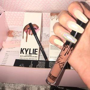 """Kylie Jenner """"DOLCE K"""" lip kit"""