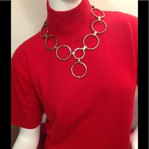 Jewelry - Bronze/copper look circle Necklace