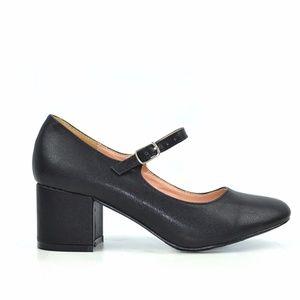 Chase & Chloe Brandi Black Mary Jane Vintage Heel