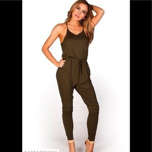 Pants - Casual jumpsuit with pockets