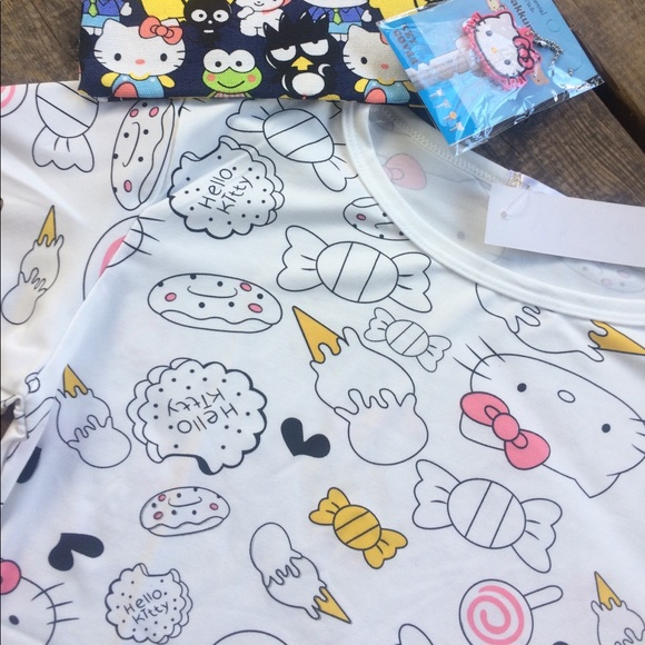 Boutique 9 Tops Hello Kitty Kawaii Wallpaper Tshirt Poshmark