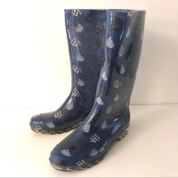 a9185c31a66 TOMs Cabrilla Moonlight Blue Raindrop rain boot. M 59ef991b7f0a05f69601449f