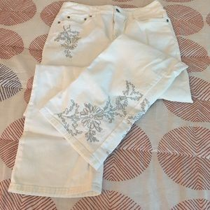 loft embroidered jeans. like new loft embroidered jeans loft