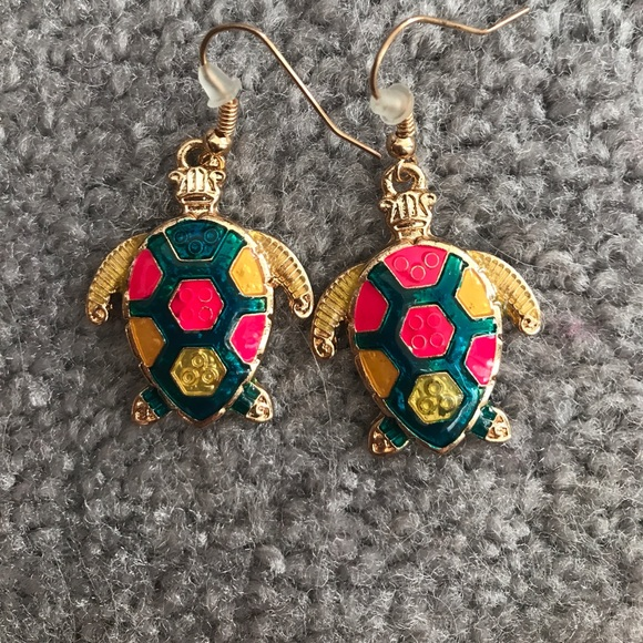 Jewelry - Colorful turtle earrings