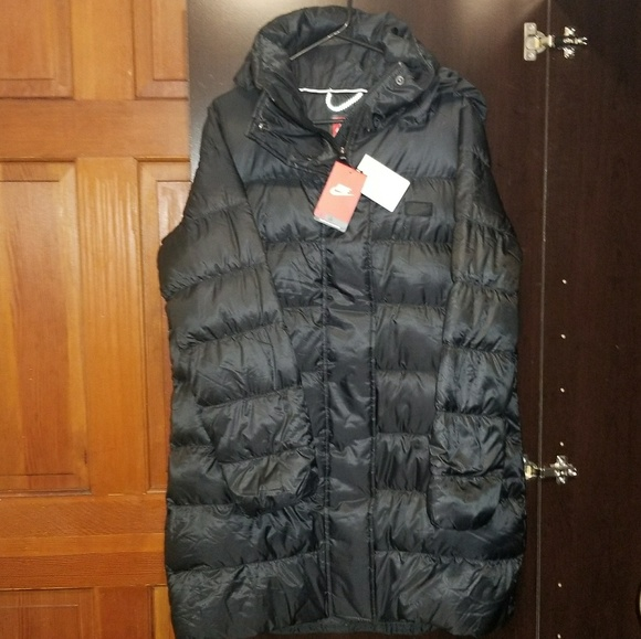 f2ecc81cedd8 Nike Jackets   Coats