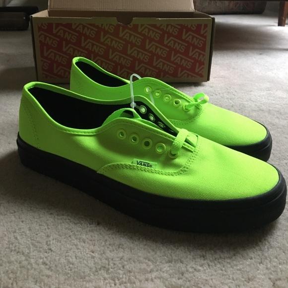 7ecd5b93355611 NWT Vans neon black shoes