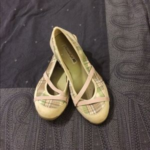 American Eagle Outfitters Shoes - 🌻American Eagle canvas flats🌻