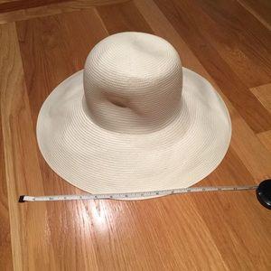 BRAND NEW-- never worn BCBG Panama Hat