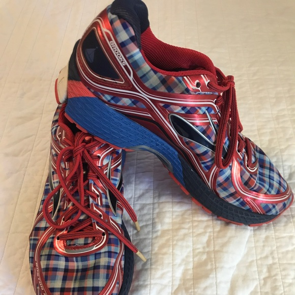 Brooks Shoes | Mens Brooks Boston