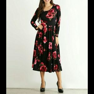 Dresses & Skirts - 🌷BLACK & FUCHSIA FLORAL PLEATED MIDI DRESS🌷