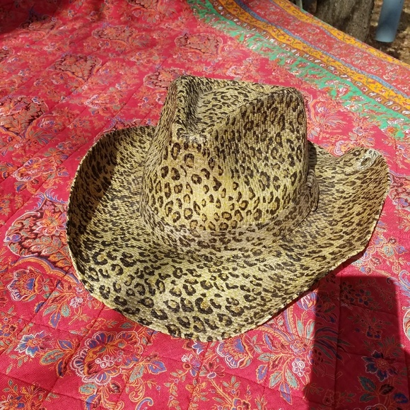 5df289bfb5 NWOT Peter Grimm cheetah print cowboy hat