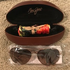 Maui jim tortoise aviator sunglasses