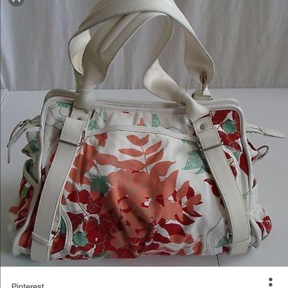 0baadd6b05d lululemon athletica Handbags - Lululemon Full Bloom gym bag with straps