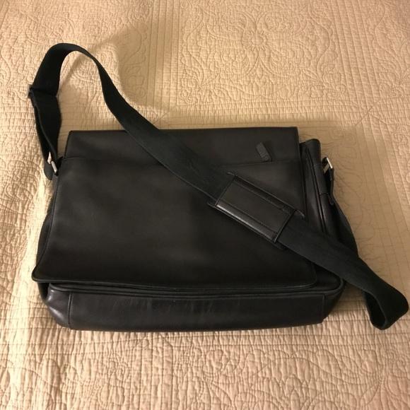 Banana Republic Bags   Leather Men Messenger Bag   Poshmark 3bc45f9167