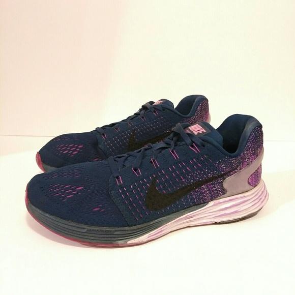 buy popular 8ac36 7d80e Nike Lunarglide 7 Size 9 Sneakers Flyknit