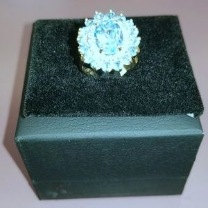 🌻PRICE DROP Blue  Topaz & Diamond 14K Ring