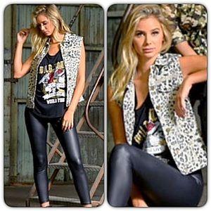 Jackets & Blazers - Rockstar Animal Print Utility Vest XSSML