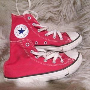 Converse All Star Chuck Taylor Hi Tops Red