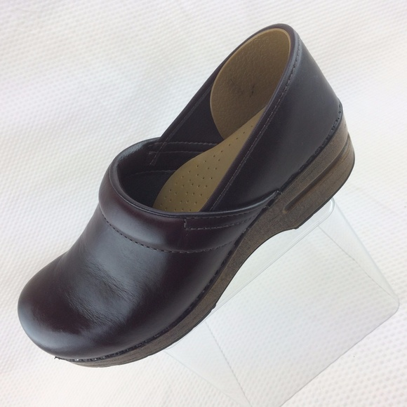 6c0cb874dae Dansko Shoes - Dansko Brown Cordovan Clogs EU 41 Wide