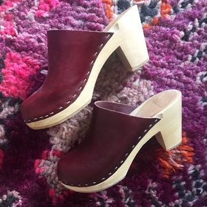 Bryr Clogs Shoes - Bryr Clementine High Heeled Clogs - Burgundy