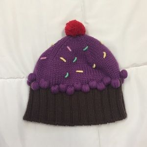 5dc33ddb6 SALE🎉NEFF purple cupcake beanie with a 🍒 on top