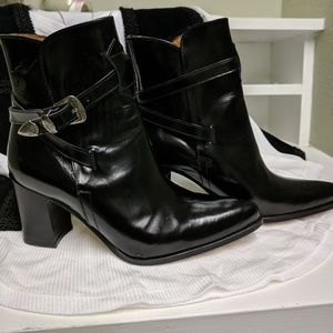Black leather Italian made Boots