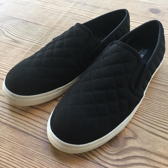 8e4750fbec2a Women s Reese Nylon Slip On Sneakers. Size 9. M 59efdd38f739bc6f5c028267
