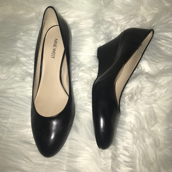 Nine West Soft Leather Wedges Office