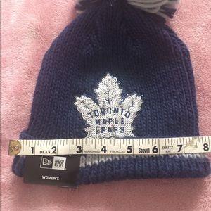 b89073363 New Winter Hat Toronto Maple Leafs New Era Sequin NWT