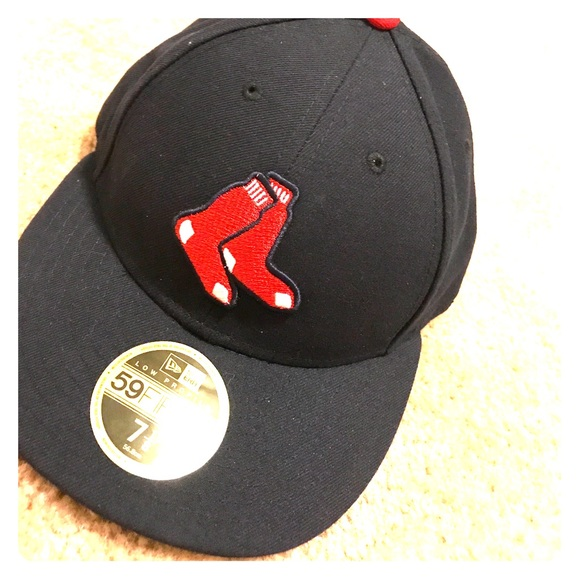 Red Sox! Low profile fitted hat. 7 1 8 851514c9eb1
